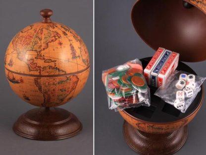 Настольный глобус с набором для покера