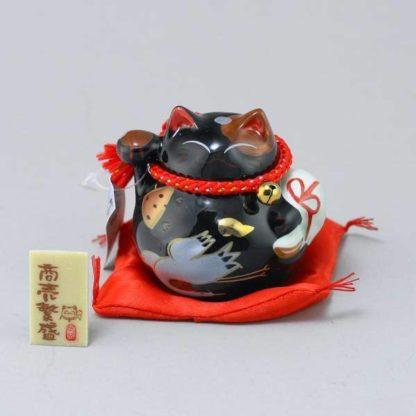 """Японский кот-копилка Манэки-нэко """"Защита от злых сил, Много покупателей и денег!"""""""